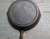 Early Lodge No 7 3 notch skillet