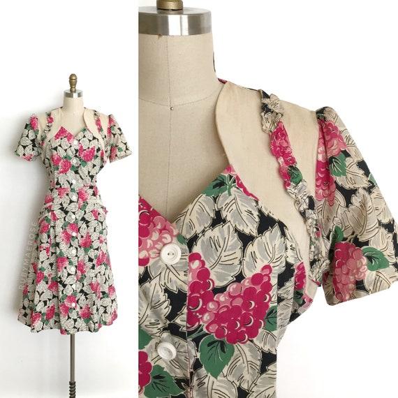 vintage 1940s dress | 40s grape leaf novelty print