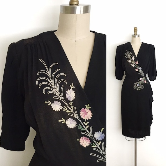 vintage 1940s dress   40s embroidered rayon dress