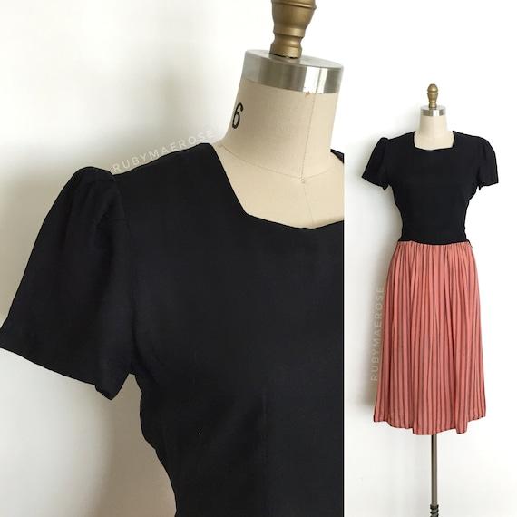 vintage 1930s dress   30s button back stripe cotto