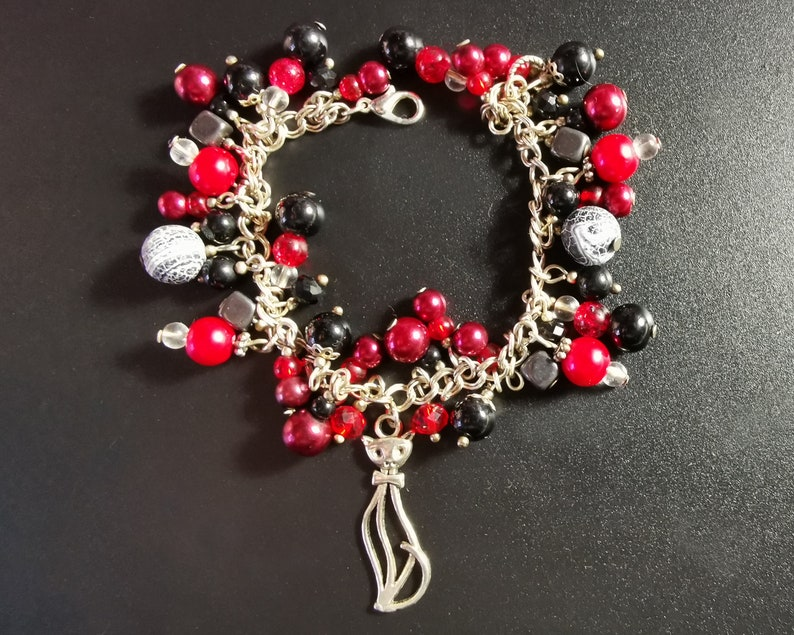 Skeleton Cat Semi Precious Stone /& Glass Bead Chunky Charm Bracelet Goth Gothy Witch Skull - Silver Plated Unique One of A Kind