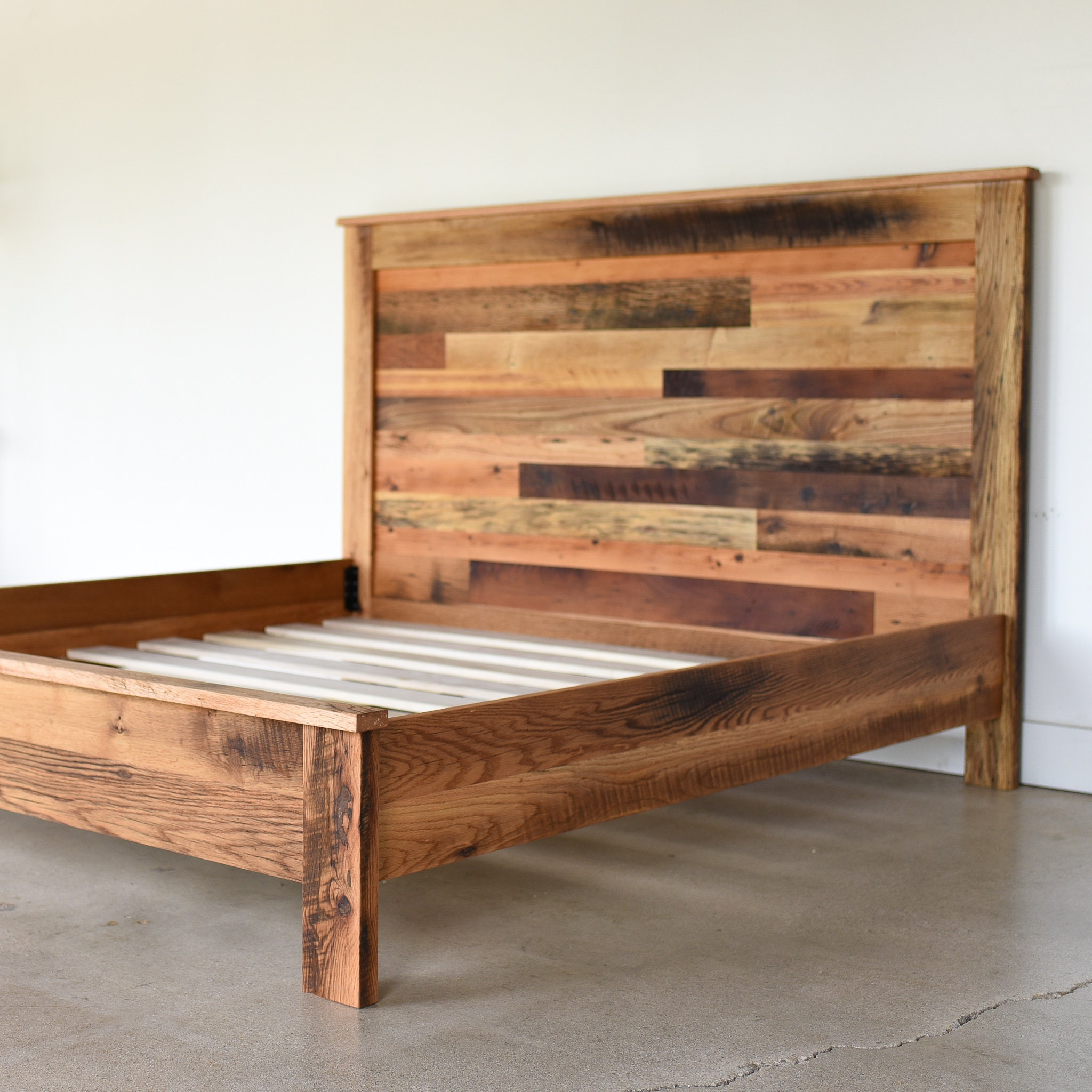Exceptionnel Reclaimed Barn Wood Bed / Rustic Bed