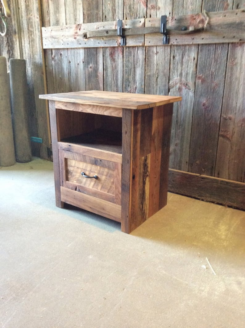 new style 3f1e2 d764e Reclaimed Barn Wood Nightstand / Rustic Bedside Table / Accent Table