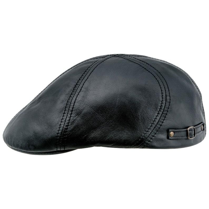 DODGER gorra inglesa con pico de pato de cuero negra  a5c77085f1f