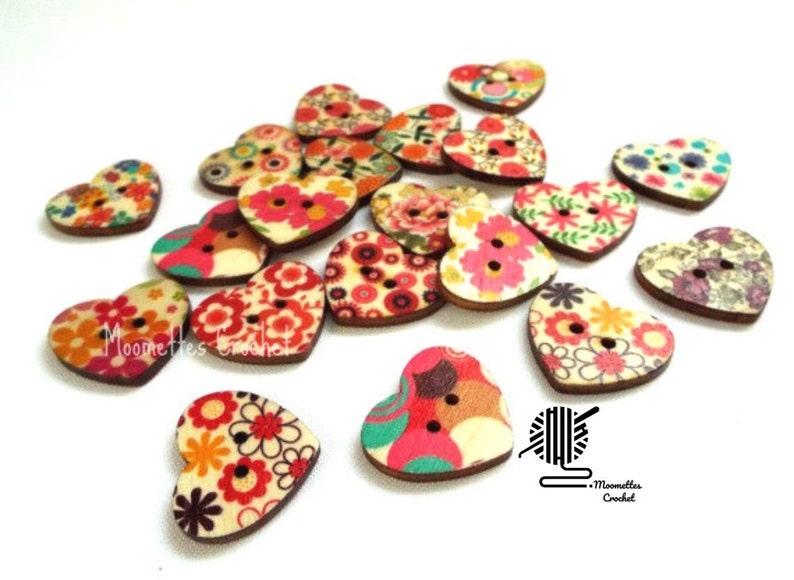 10 Painted Wood Buttons Heart Shape Button 22mm Crafting image 0