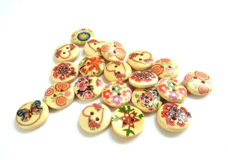 20 pcs Mixed Painted Wood Buttons Fantasy Flower Pattern 15 mm image 0
