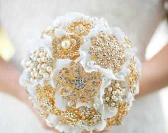 Custom Gold Brooch Bouquet - Bridal Bouquet, Wedding Bouquet, Jeweled Bouquet, Silk Flower Bouquet, Bridesmaids bouquet - 7 inch Bouquet