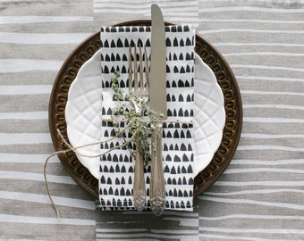 Linen Napkins Screen Printed with Modern House Pattern in Grey on White | Minimal Table Decor