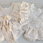 Cream Lace Sitter Romper, 6-12 month Girl Outfit, Sitter Props, Sitter Photo Session Romper, Baby Photo Outfit, Cake Smash, Half Birthday