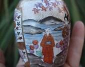 1 Antique Miniature Asian Porcelain Satsuma Gilt Enameled Vase Japan Handpainted