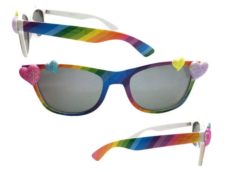 7442e64036a95 Arc en ciel coeur lunettes lunettes de soleil de la