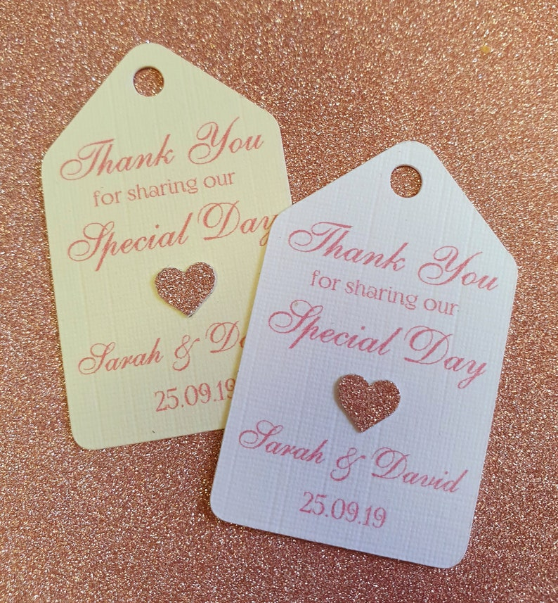 5x3 cm personalised with gold heart Pop me When She Pops Baby Shower Tags