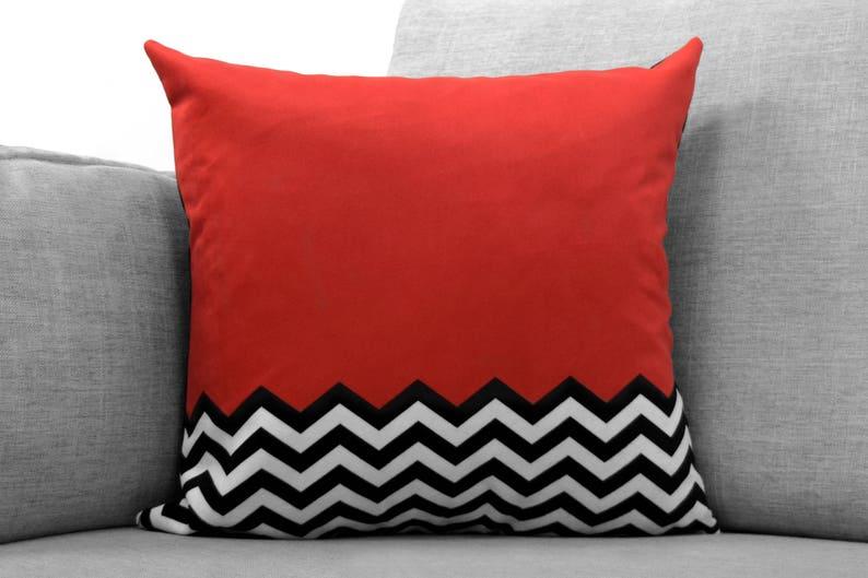Twin peaks 18 velveteen pillow case red