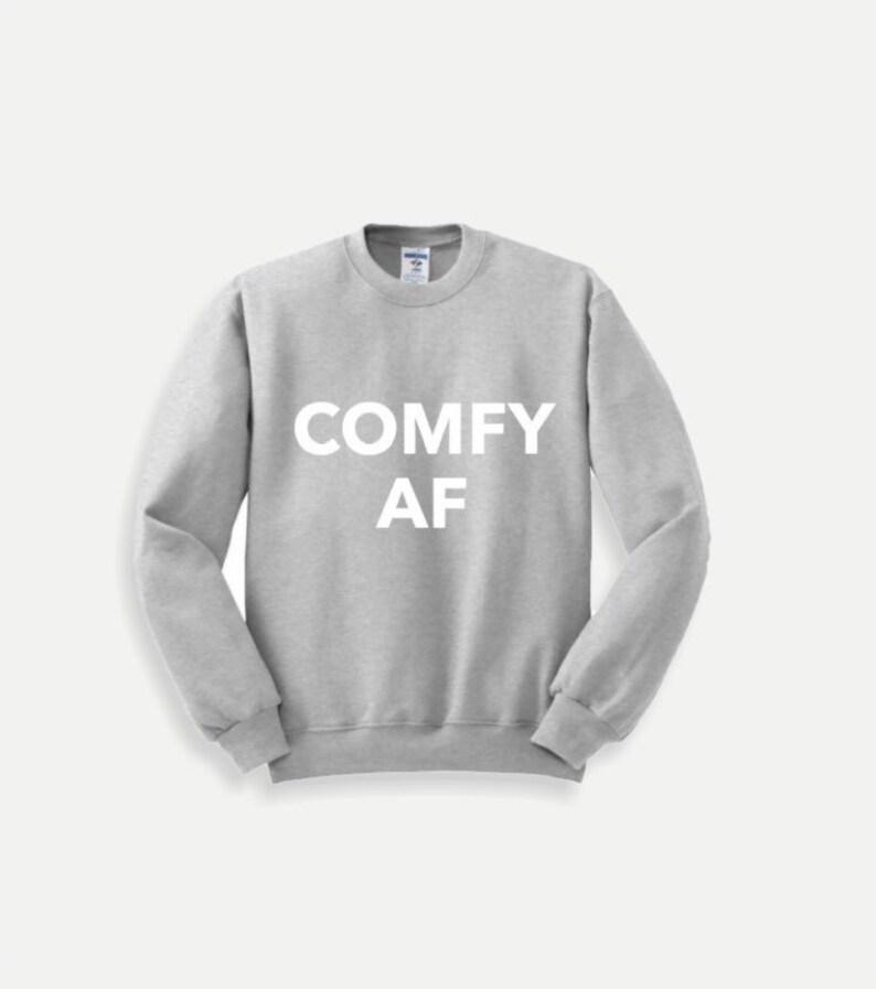 Crewneck Graphic Sweatshirt  COMFY AF  Grey/White image 0