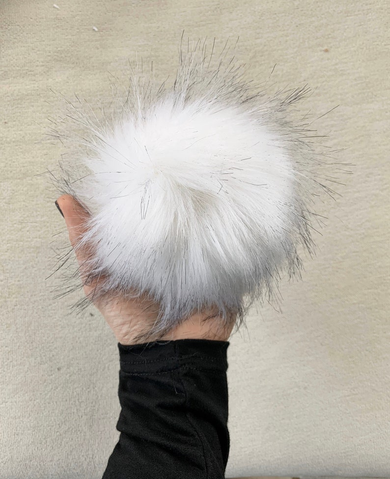 Faux Fur Pom with Detachable Snap for Knit Hat  6 image 0