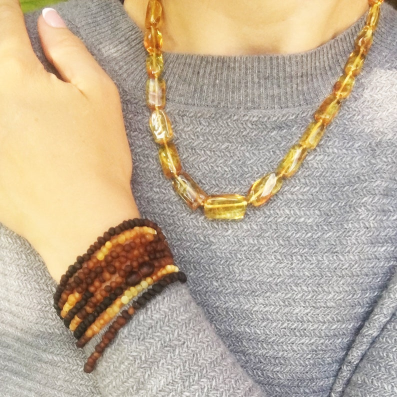 Elegant Baltic amber necklacecollar is made using the finest pieces of baltic honey amber.