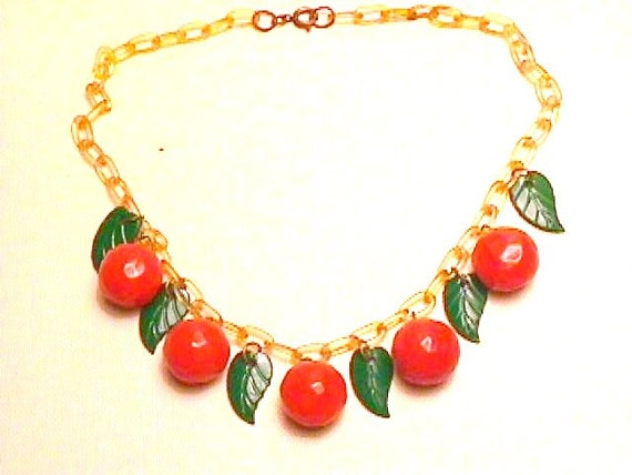 Bakelite Necklace Oranges