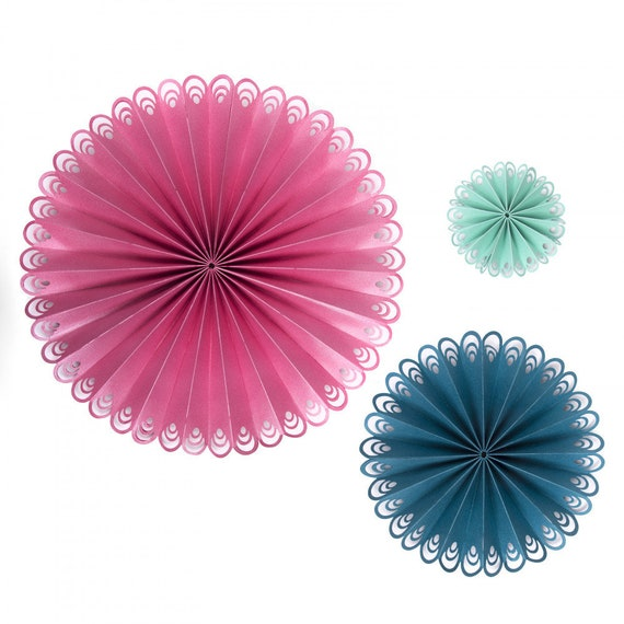 New! Sizzix Thinlits Die Set 2PK - Peacock Fan by David Tutera 663136