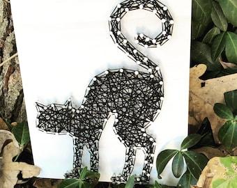 Scary Cat String Art Sign - Halloween string art - Halloween decoration - cat string art - decorative sign - black cat sign