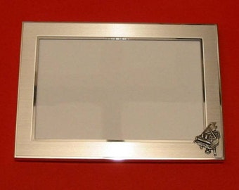 Violin Design Real Oak Picture Frame 4 x 6 With Hand Cast Pewter Motif Musician Music Gift