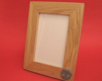 Tree of Life Design Real Oak Picture Frame 6 x 4 With Hand Cast Pewter Well Being Good Luck Gift