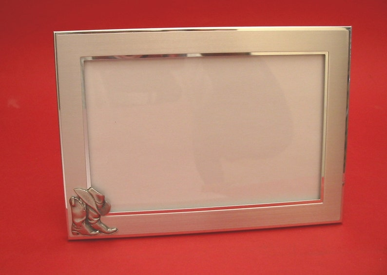 Line Dancing Country /& Western Picture Frame 4 x 6 With Hand Cast Pewter Motif Rodeo Line Dancing Gift