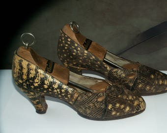 Antique snake skin shoes/Real snake shoes with wooden shoes antique Bata/handmade shoes snake