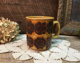Brown Stoneware Mug/WP Made in England/Flowers/Glazed