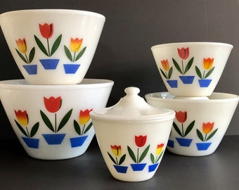 Hard to Find, Set of 5 Fire King Tulip Nesting Bowls included Grease Jar / Glass Mixing Bowls, Splash Proof, Pyrex Milk Glass 1950's