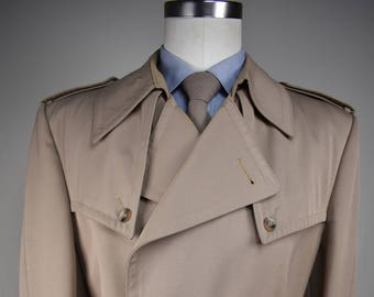 1970's Nino Cerruti Solid Tan Double Breasted Trench Coat Men's Size: 42 (Large)