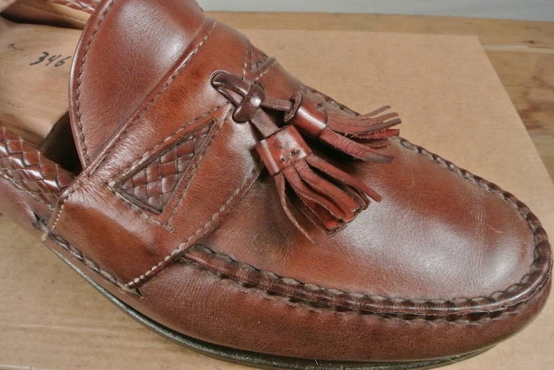 3cd7958a76e1c Allen Edmonds Maxfield Brown Moc Toe Tassel Loafer W/ Woven Saddle And  Collar Size: 9.5D