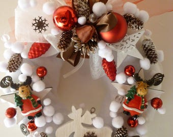 wreath Christmas white reindeer plaster painted and wood: Christmas in Bourg d'Oisans
