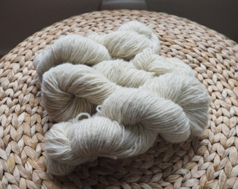 Lot of Reclaimed Lambswool Angora Blend Yarn in Cream Color, Light Worsted Weight