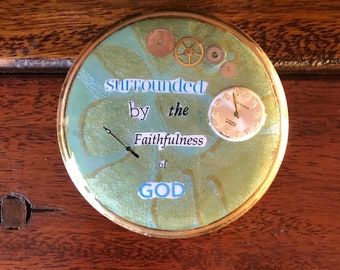 Upcycled Repurposed Vintage 1950s Powder Compact, Gifts for Christian Women