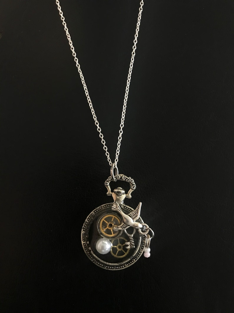 Fob Pendant Abstract Design Based on Psalm 30: Vintage Watch image 0