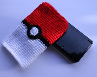 Nintendo 3DS / 3DS XL / New 3DS / DSi Cozy Carrying Case Sleeve - A Pokeball Themed Cozy from Pokemon