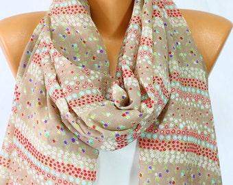 d45a3afa078f Foulard en mousseline de soie satin Beige écharpe Marguerite imprimer  foulard fleuri et doux léger foulard Wrap femme mode accessoires femmes  foulards idées ...