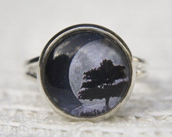 Tree Ring, Moon Ring, Moon Tree Ring, Tree, Moon and Sky Ring, Statement Ring, Glass Dome Ring, Adjustable Ring, Night Sky, Full Moon