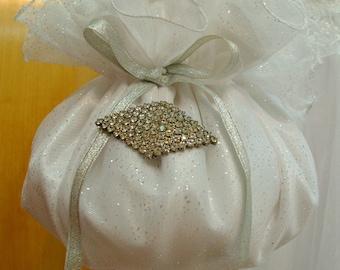 Bridal Purse Flower Girl Wedding Accessories Money Bag Bridal Pouch Bag White Satin Swarovski rhinestones Bride To Be