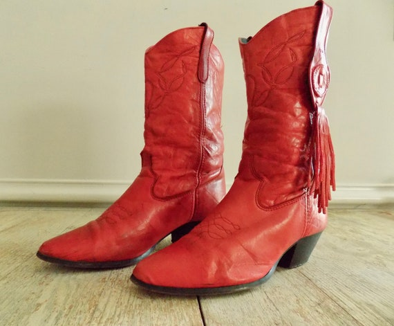 Vintage Womens Red Loredo Boots with Fringe | Red
