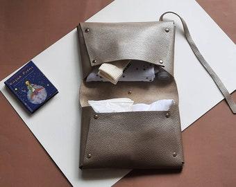 Nappy bag wallet Diaper clutch Hedgehog-Silver