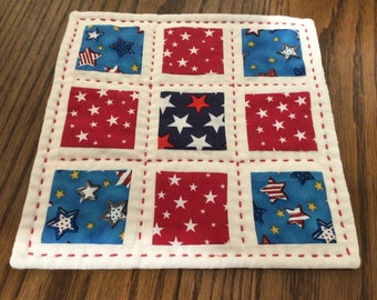 Hand Quilted Miniature Patchwork Quilt, Happy 4th Independence Day, Love of Country, Mini Quilt, Table Mat, Mug Mat, Mug Rug, Candle Mat