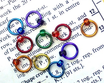 RAINBOW set. Fits up to 4.5mm (US 7) needle. Snag free knitting stitch markers and knitting supplies