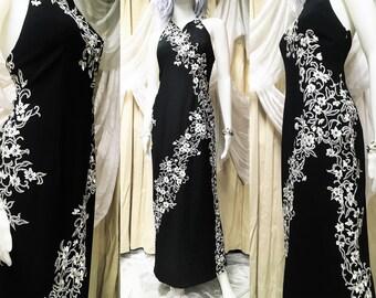 e5c3df5dc70bd Vintage Bob Mackie Beaded Boutique Dress