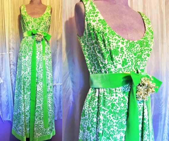Vintage Ceil Chapman 1960s Green Quilted Flower Dr