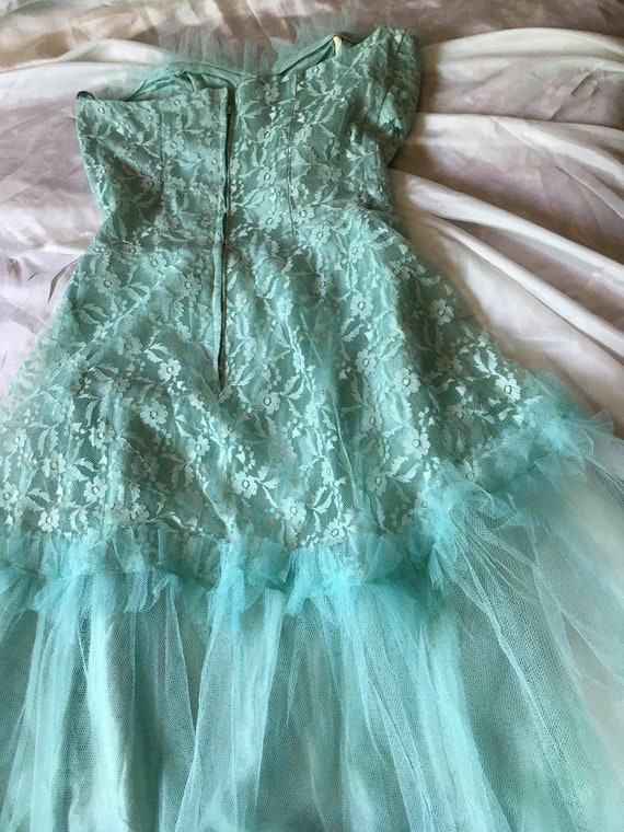 Vintage 1950s Tulle and Lace Prom Dress - image 7