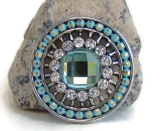 Mint green bead and rhinestone, 20 mm, noosa style snap charm button for snap jewelry brands, like ginger snaps and magnolia and vine