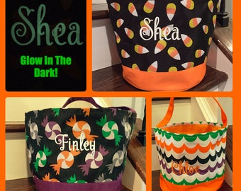 On Sale! - FREE PERSONALIZATION!- Kids Monogrammed Halloween Bucket  trick or treat bag tote with glow in the dark thread!