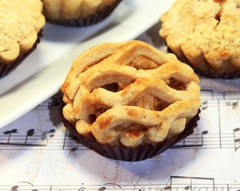 "Mini Fruit Pie, Edible Gift - 6 pcs. of 3"" mini pies"