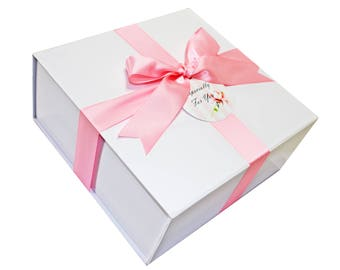 Elegant Gift Boxes with Mini Pies, Corporate Gifts, Holiday Gifts - Mini Pies